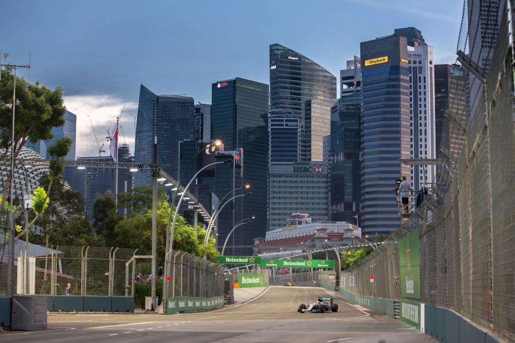 f1 preview gp singapour 2017 mercedes va t il encore mariner marina bay. Black Bedroom Furniture Sets. Home Design Ideas